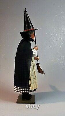 19Paper macheGerman Witch Candy Containerby Paul Turner CHS21-06