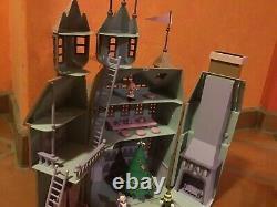 2001 Playing Mantis Rudolph & the Island of Misfit Toys Santa's Castle MIB