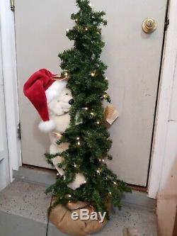 40 Ditz Design (Hen House) polar Bear Christmas Tree Figurine Display