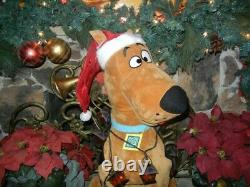 ANIMATED LIFE SIZE SCOOBY-DOO in TANGLED LANTERNS SINGING CHRISTMAS PROP
