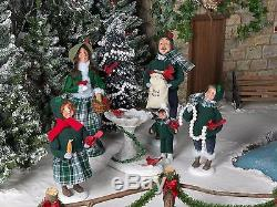 Byers' Choice Carolers Christmas Family With Cardinals 5 Piece Set 111B New 2017