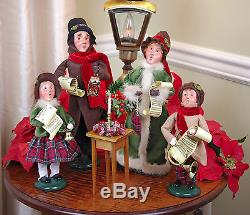 Byers Choice Christmas Carolers Family Of Four