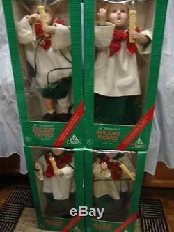 Christmas Family 24 Carolers Light Motion 2 Boys/2 Girls All Blonde Orig Boxes