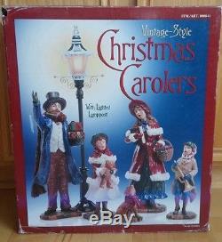 Costco Vintage Style Christmas Carolers Set Man Woman Boy Girl Lighted Lamppost