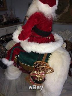 Designer Mark Roberts Santa Claus on a plush Polar Bear Star of Wonder RARE