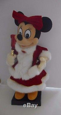 Disney Vintage Animated Minnie Mouse 22