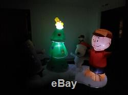 Gemmy Charlie Brown Snoopy Lucy Christmas Airblown Inflatable Light Show Musical