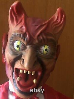 Halloween Telco Bug Eyed Devil Motionette. Rare. Works Great WithLighted Skull