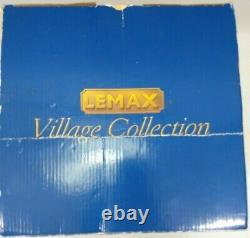 LEMAX Skate World Roller Rink 2009 95896 Village Collection Working