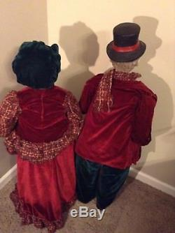 Large Oversized Victorian Christmas Carolers Family Mother Father Son Daughter
