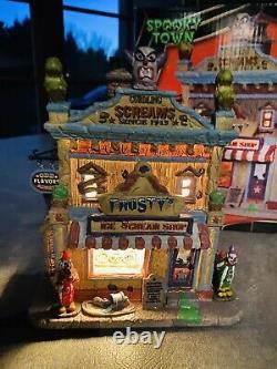 Lemax Spooky Town Frosty's Ice Scream Shop 25370 Retired 2015 Lights Nib