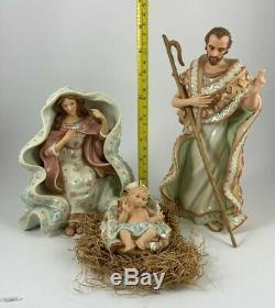 Lenox A King is Born Nativity Holy Family MARY JOSEPH & BABY JESUS