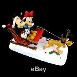 Mickey & Minnie Mouse / Animated Musical Christmas Display / Watch Our Video