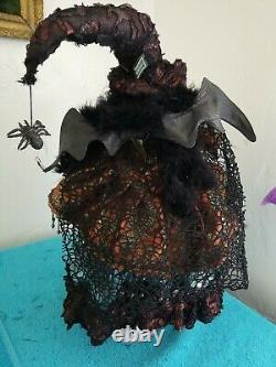 Mark Roberts 21 Witch Halloween EUC