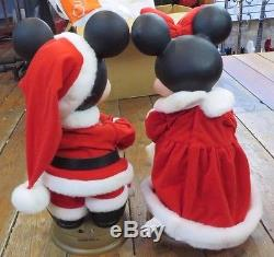 Mickey& Minnie Mouse Animated Christmas Figures 17 Tall Disney Mickey Unlimited