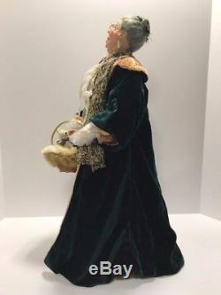 NEW Jacqueline Kent Christmas Caroller Authentic Mrs. Vanderveer 22TALL #34561