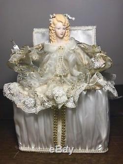 RARE TELCO Motionette ANGEL Treasure Chest CHRISTMAS LIGHTED ANIMATED Porcelain