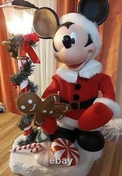 SANTA'S BEST 1997 ANIMATED MICKEY MOUSE With LIGHT POLE