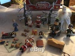 Santa Claus is Comin to Town Figures Memory Lane Winters Reform & More 2004