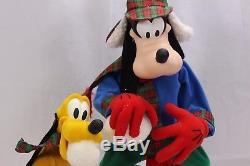 Santas Best Goofy Pluto Throwing Snowballs Large Animated 20