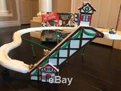 Santas ski slope ski lift for Christmas tree rare unique Mr. Christmas 1992