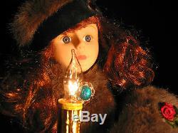 TELCO MOTIONETTE Electric Christmas Figurine Victorian Girl Faux Fur Trim 24