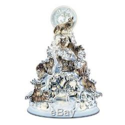 The Spirit White Wolf Lighted Table Top Statue Wolves Sculpture Fugurine NEW