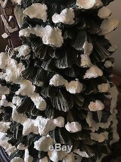 Thomas Kinkade Songs Of The Seasons Christmas Tree Musical & Lighted