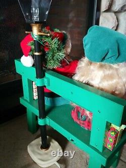 Vintage 1994 Animated And Illumated children with presents On A Bench with lgt pole