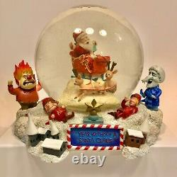 Warner Bros. NECA Year Without A Santa Claus Snow Globe RARE Free Shipping